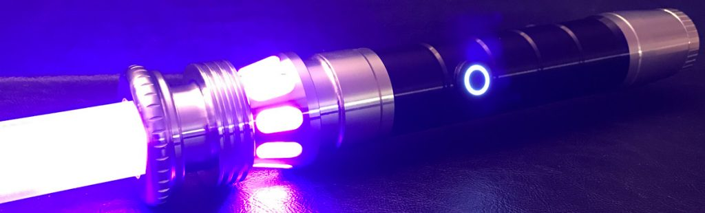 ultra sabers manticore lightsaber review the gadgeteer