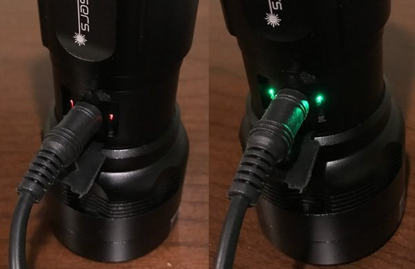 wickedlasers_minitorch-charging
