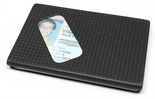 Identity card wallet review the gadgeteer the identity card wallet fits very easily into my pocket and is so thin that i barely even notice that its there reheart Choice Image