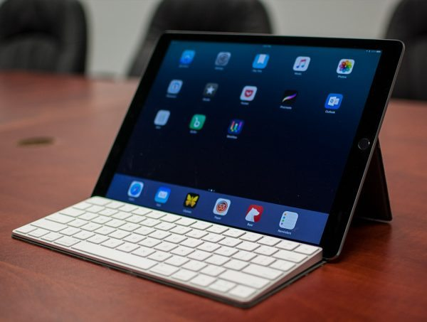Studio Neat Canopy Keyboard Cover And Ipad Stand Review The Gadgeteer