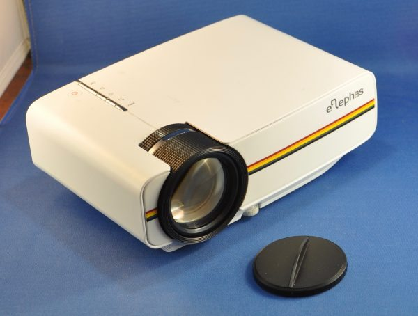 Elephas 1200 lumens led mini video projector review the for Led pocket projector review