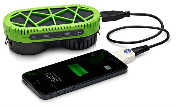 Charge your gadgets when you're off the grid with 1 tablespoon of water – The Gadgeteer