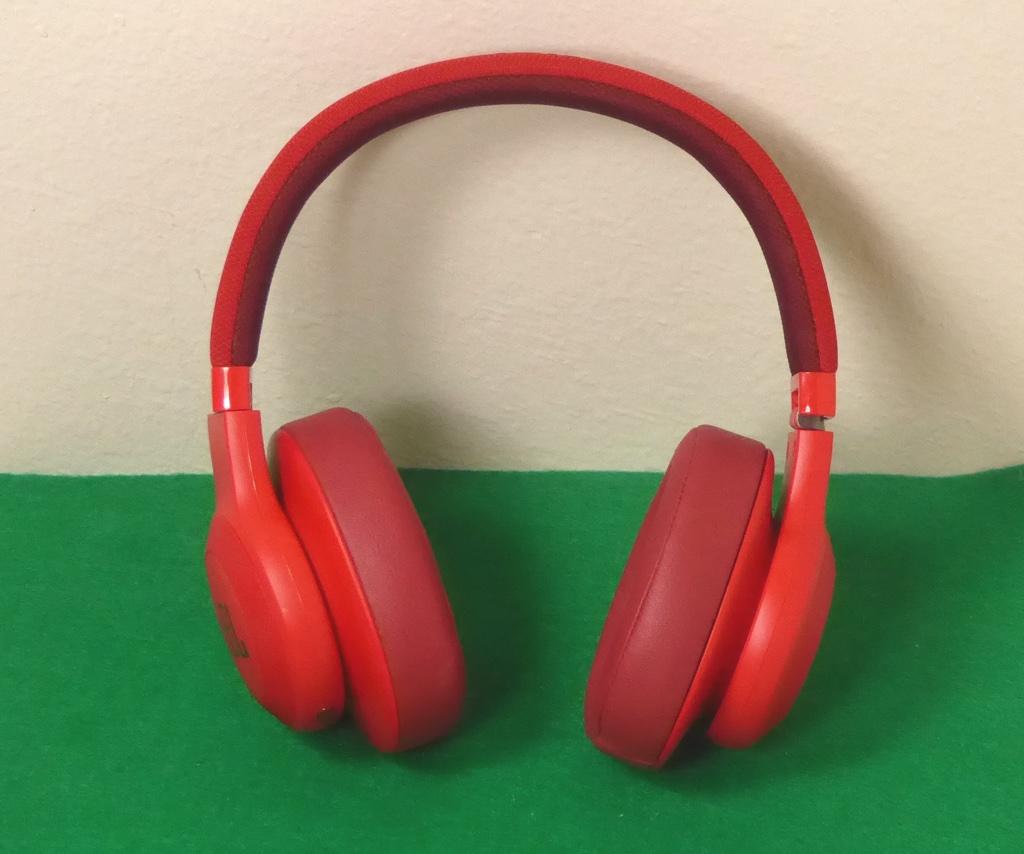 Jbl E55bt Wireless Over Ear Headphones Review Sofun