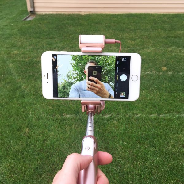 mpow bluetooth selfie stick review xyber galaxy. Black Bedroom Furniture Sets. Home Design Ideas
