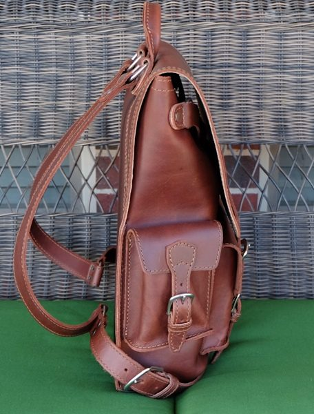 Saddleback Leather Thin Front Pocket Backpack Review The