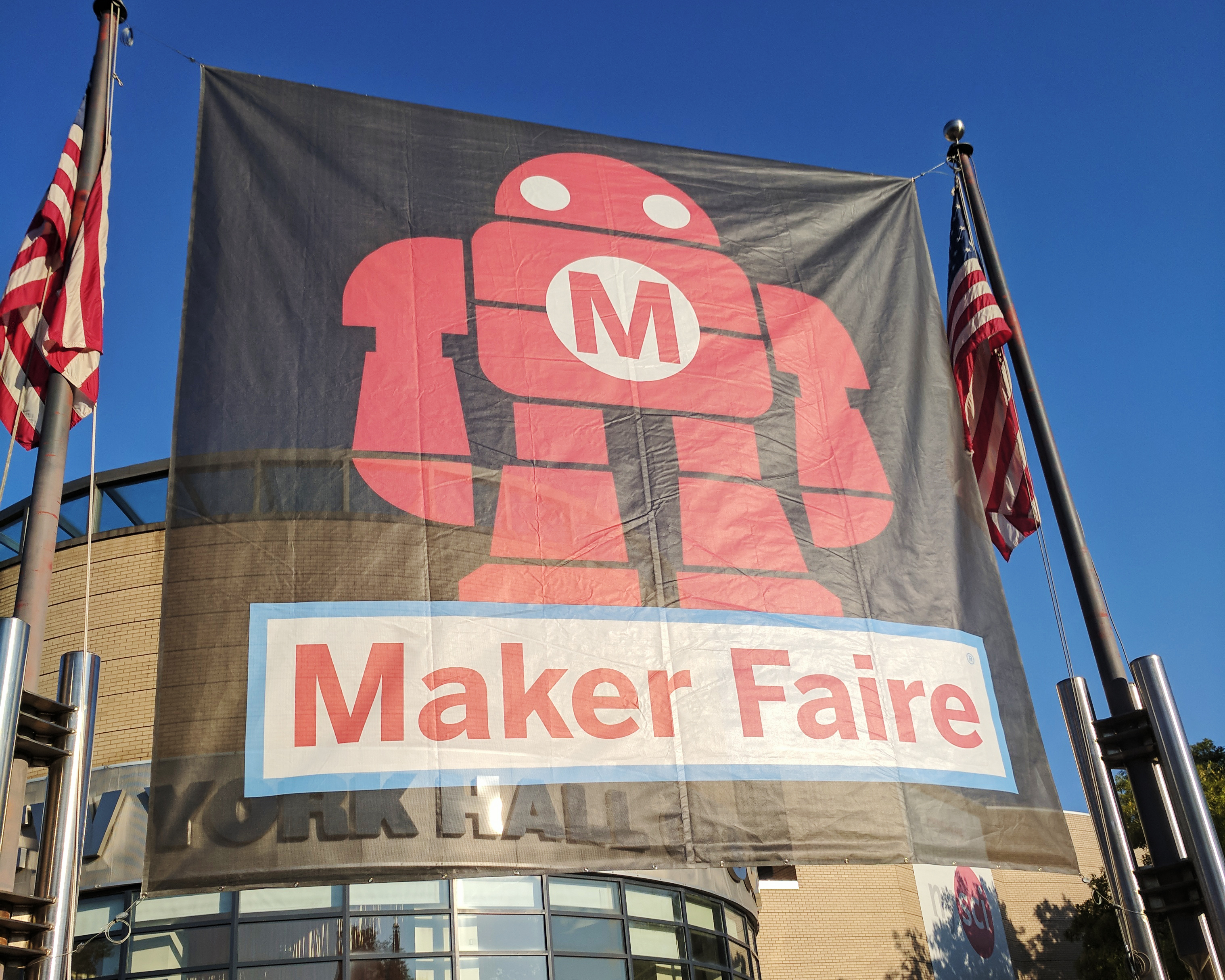 Do it yourself archives the gadgeteer this past weekend i attended the 8th annual world maker faire new york held at the new york hall of science started in 2006 by the publisher of make solutioingenieria Images