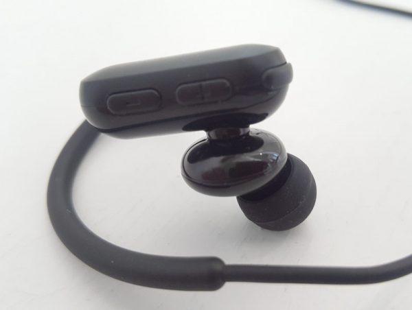 QCY wireless earphones 3