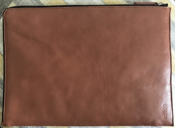 more photos 014a8 4b0aa Toffee slim leather MacBook or iPad sleeve review – The Gadgeteer