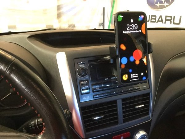 iOttie Easy One Touch 4 Phone car mount review – The Gadgeteer - iottie easy one touch4 CD 08 600x450 - iOttie Easy One Touch 4 Phone car mount review – The Gadgeteer