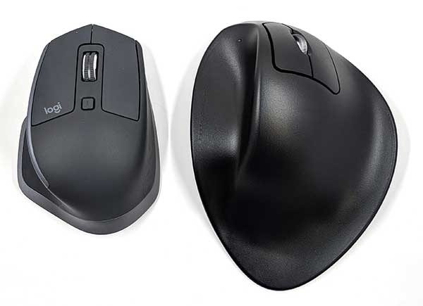 a15de835d2d In the image above is a traditional mouse on the left and the HandShoe mouse  on the right. As you can see, the HandShoe mouse is significantly larger  and it ...