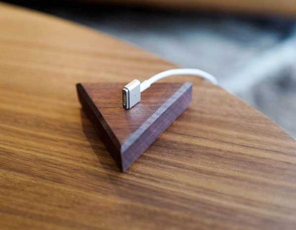 - peelbase 600x466 - These small walnut blocks hold your cables with magnets – The Gadgeteer