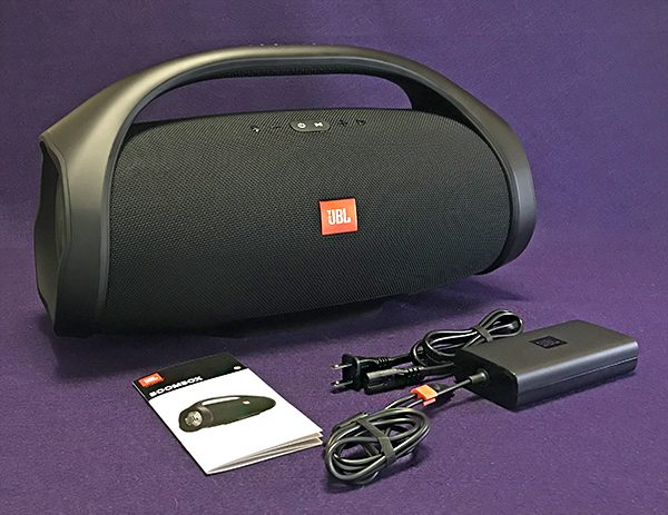 e6b99e3037b503 Even though the Boombox is tubular shaped, a large flat rubber-coated base  holds the speaker in place. Note that even though the Boombox is round, ...