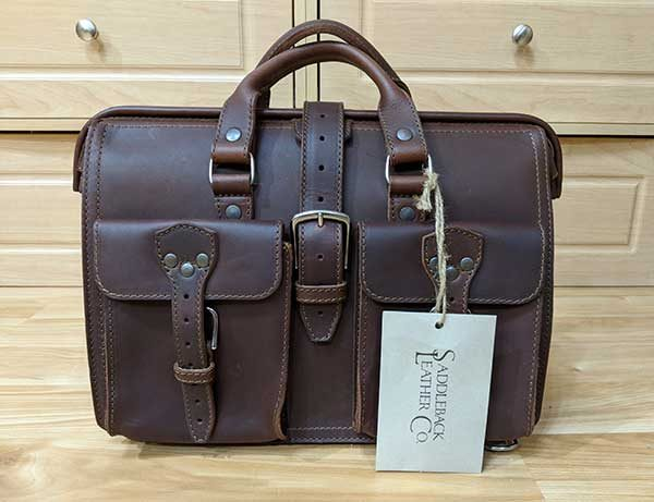 saddleback leather slim laptop 1
