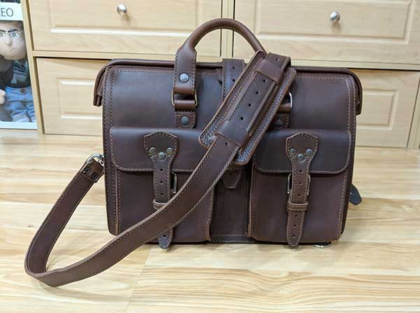saddleback leather slim laptop 10