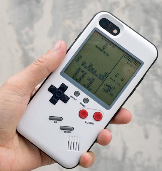 play gameboy on iphone play like it s 1989 with this gameboy style for 15868