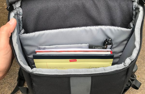 - Belkin Active Pro Backpack 03 600x390 - Belkin Active Pro Backpack review