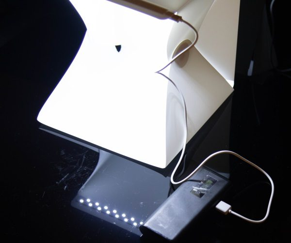- Lightbox 9 600x502 - Ouh Snap Folding Photography Lightbox review