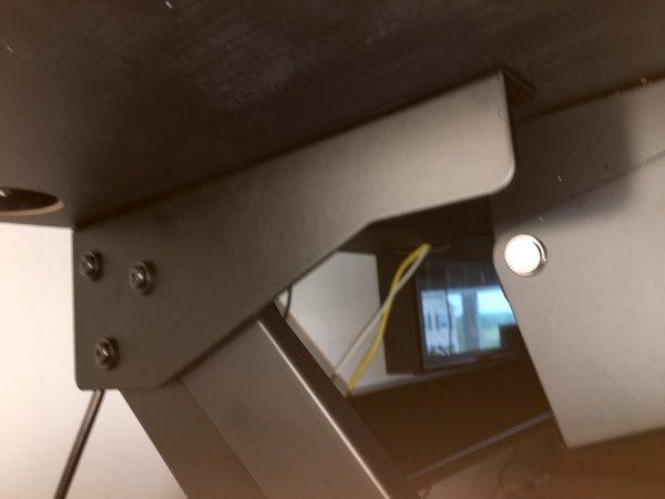iMovR ZipLiftStandingDesk 8 1