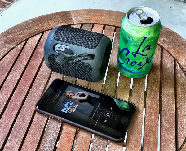 - SbodaSpeaker 2 600x488 - Sboda Bluetooth speaker review – The Gadgeteer