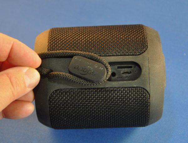 - SbodaSpeaker 6 600x457 - Sboda Bluetooth speaker review – The Gadgeteer