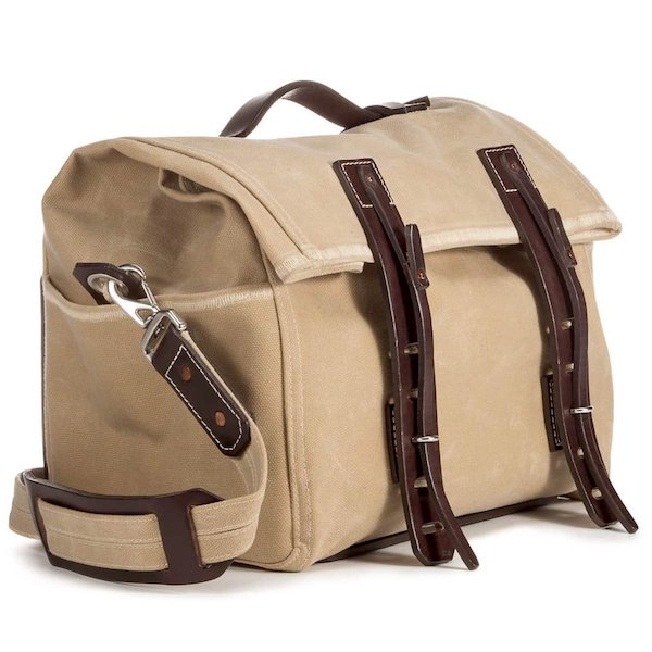 136a687018 I ve been a big fan of the Saddleback Leather waxed canvas bags  the Front  Pocket Gear Bag was one of my favorite products in 2017.