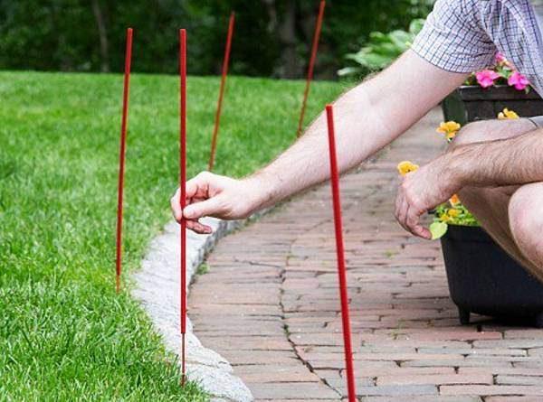 Skeeter Screen Yard Sticks Will Rid Your Backyard Celebrations Of