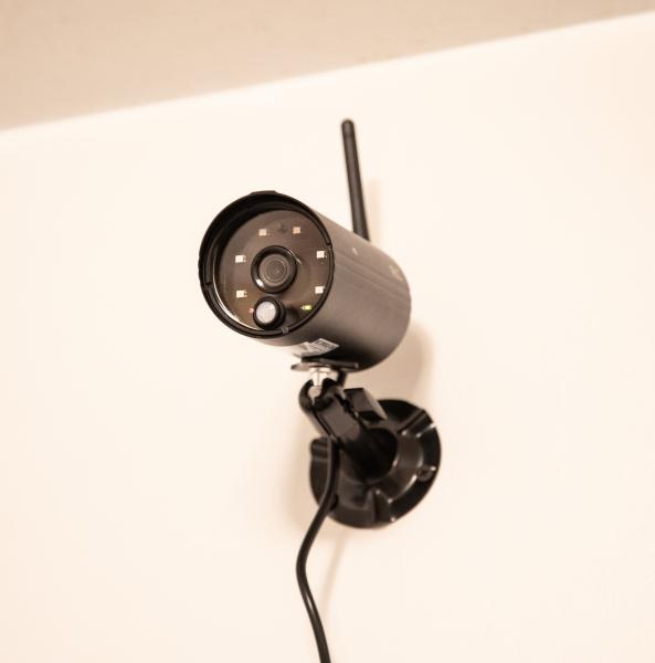 Alc Wireless Aws3377 Full Hd 1080p Surveillance System