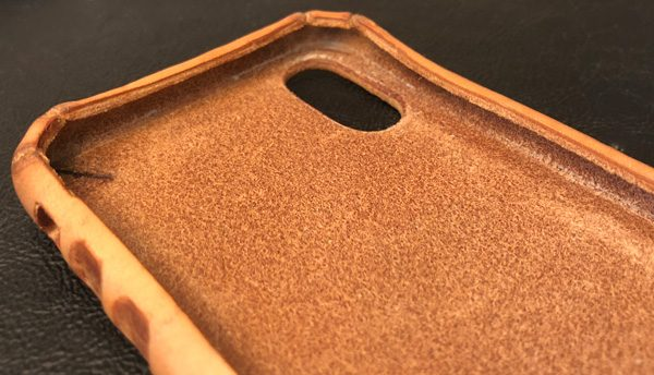 detailed look 78bf3 7ead4 Saddleback Boot Leather iPhone case review – The Gadgeteer