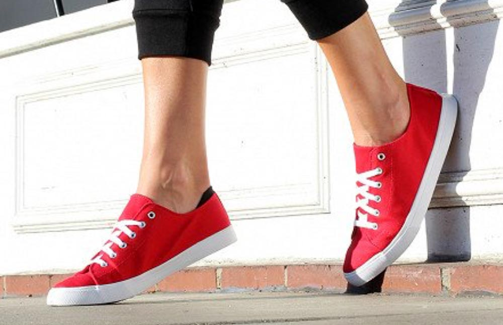 slip on tennis shoes with laces \u003e Up to