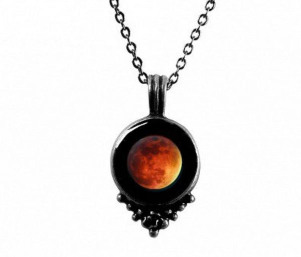 moon phase necklace 1