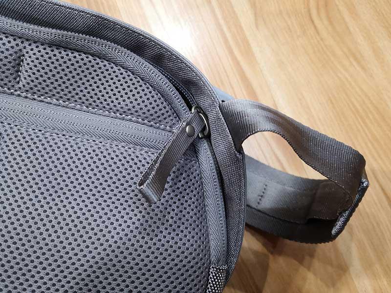 - moshi tego sling 4 - Moshi Tego Slingpack bag review – The Gadgeteer