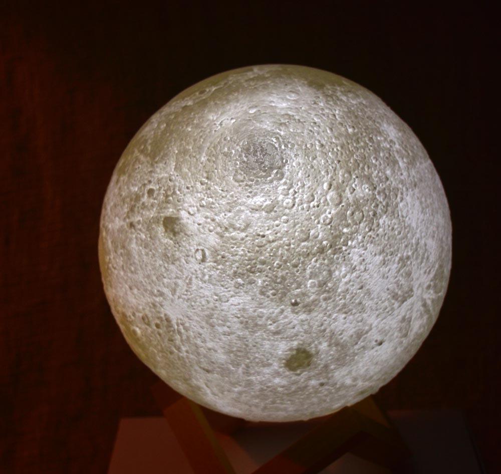 loftek moon 5