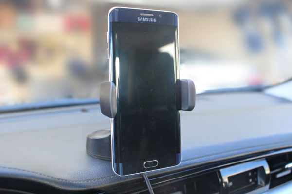 kenu wireless car mount 7