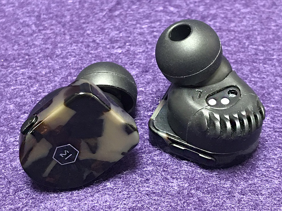 036b1468e87 ... many products from one company, it can be hard to differentiate similar  efforts. Such has been the case with Master & Dynamic's various headphones.
