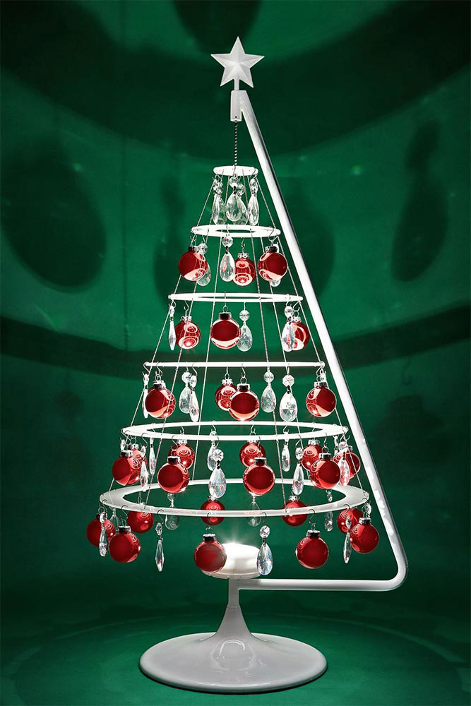 Modern Christmas Trees Are Perfect For Your Mid Century