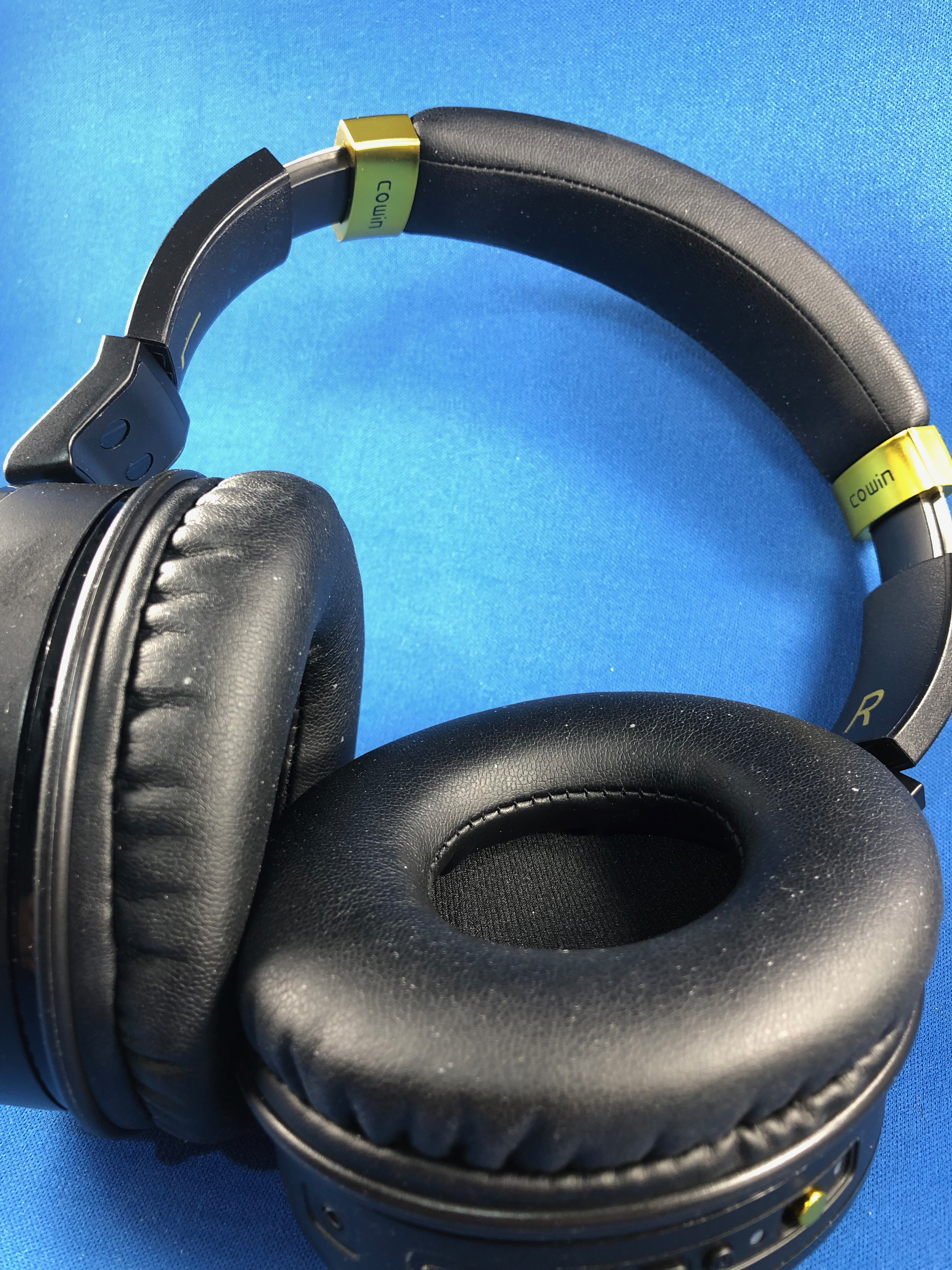 Cowin E8 over-the-ear noise-cancelling headphones review – The Gadgeteer
