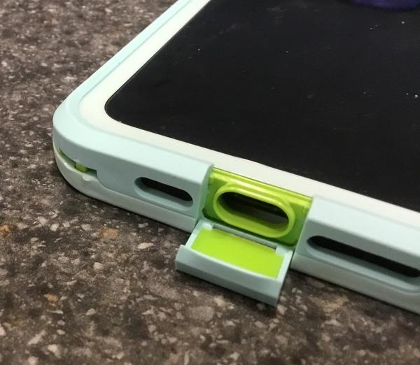 LifeProof FRESeriesiPhoneCase 8