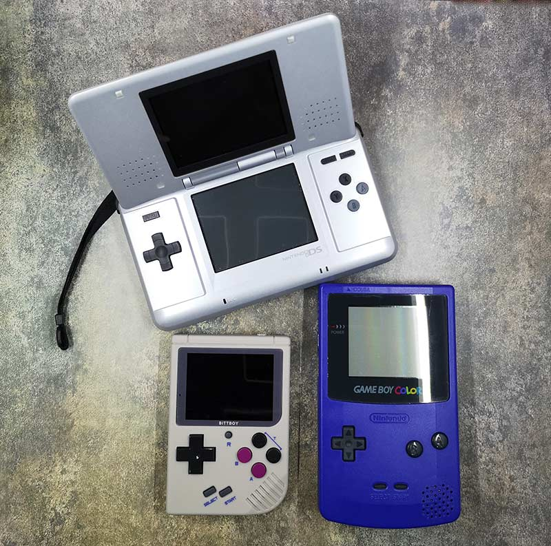 Bittboy Game Boy and NES handheld game console review – The