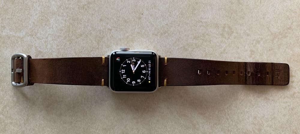Merido Vintage Apple Watch Band 002