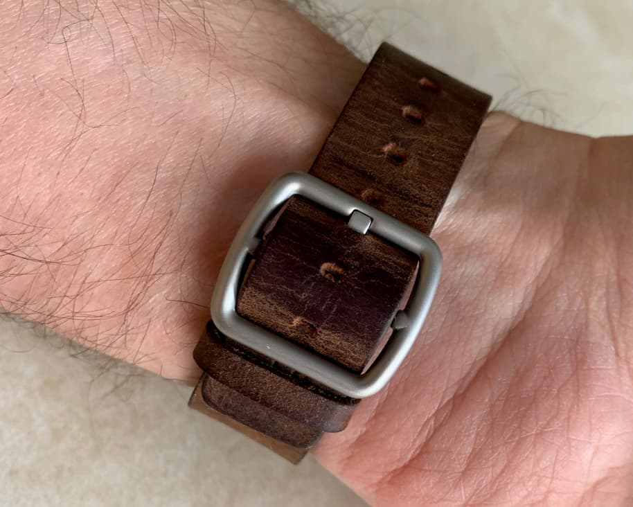 Merido Vintage Apple Watch Band 006