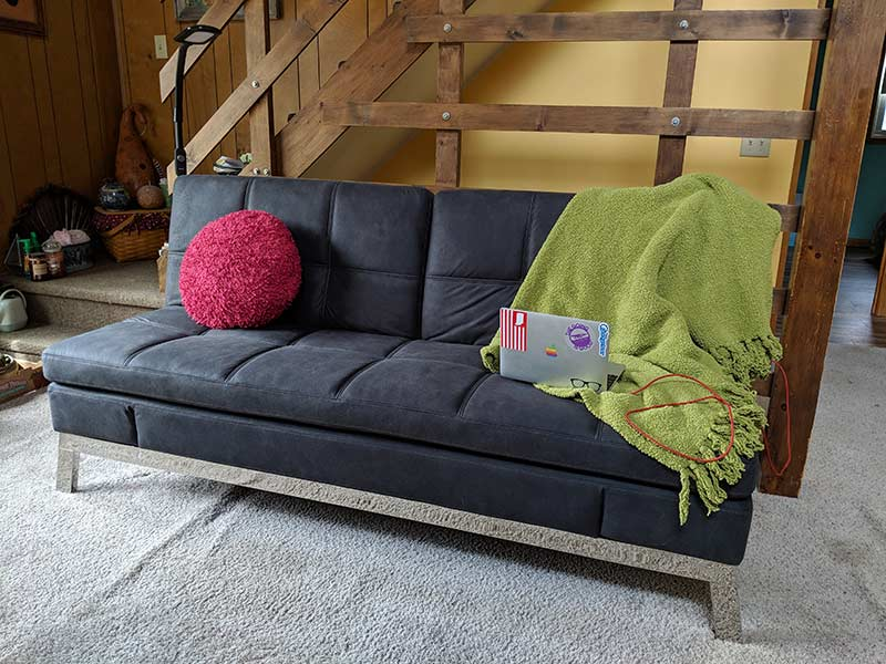 Marvelous Coddle Gjemeni Couch Review The Gadgeteer Caraccident5 Cool Chair Designs And Ideas Caraccident5Info