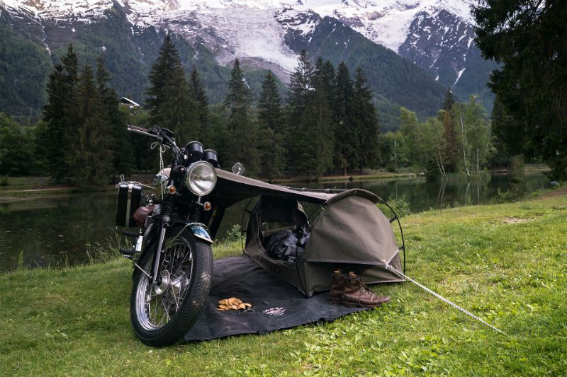 Forget about tiny homes, here's a tent for your motorcycle!