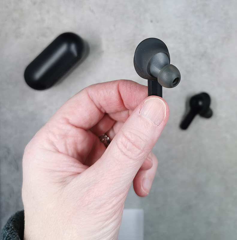 e5ff518a591 The Indy earbuds have what Skullcandy calls ear gels and stability gels  which are basically eartips and an ear wing that gives the buds a secure  fit in your ...