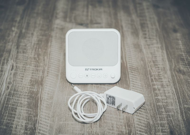 Sztrokia Sleep Sound Machine White Noise Generator Review