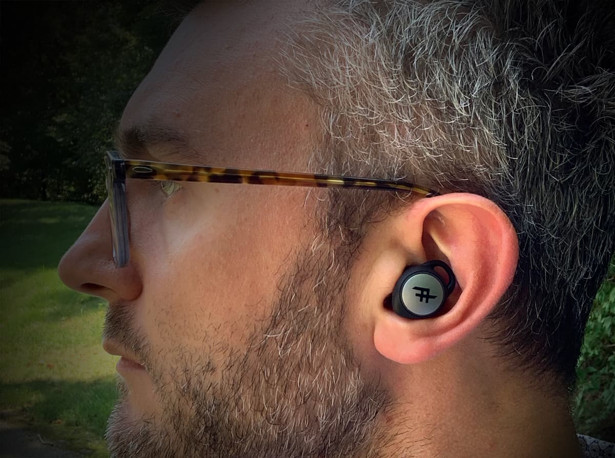 iFrogz airtime wireless earbuds 002