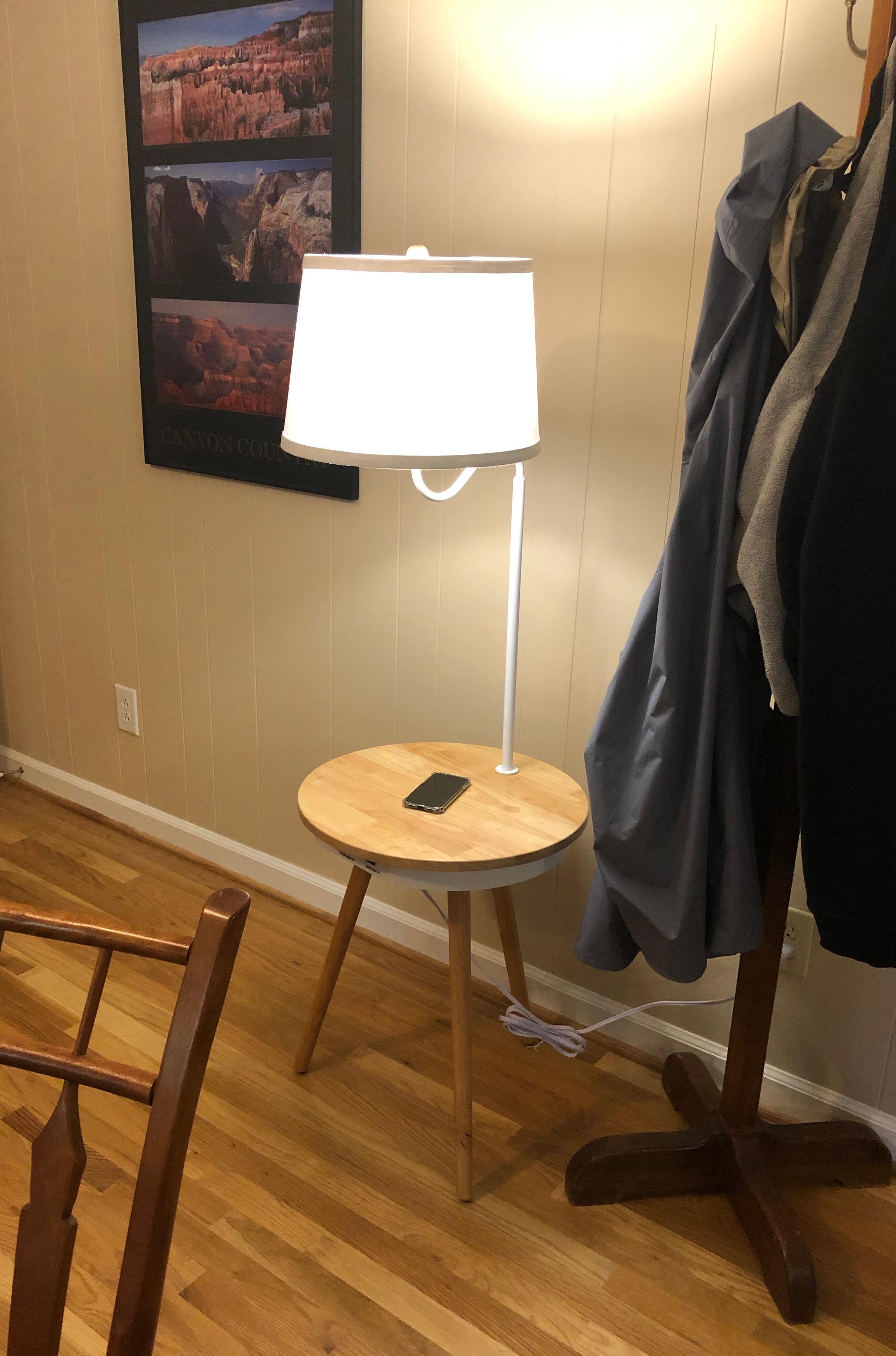 Brightech Owen Nightstand review