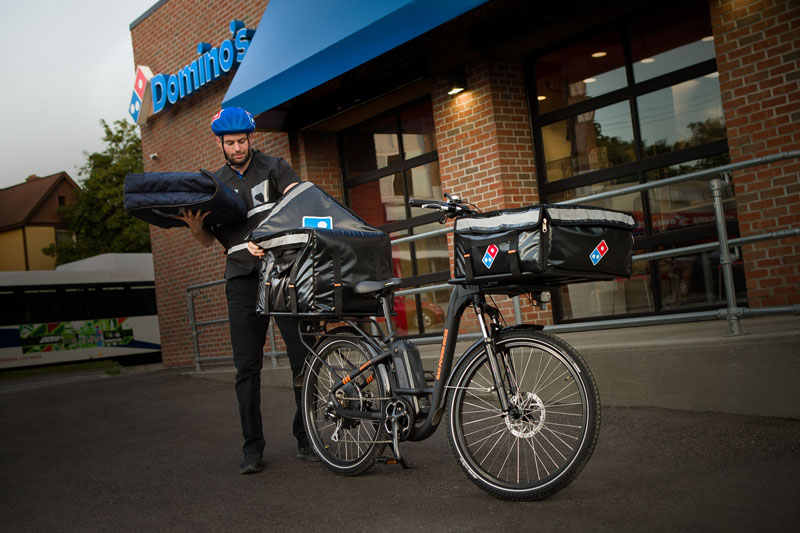 Pizza by peddle – Dominos partners with Rad Power Bikes for delivery – The Gadgeteer