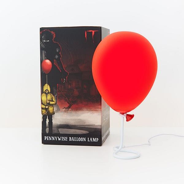 firebox pennywiseballoonlamp 1