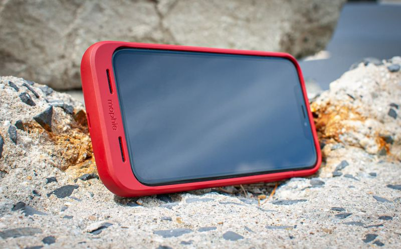 mophie juice pack air batter pack on top of a concrete slab