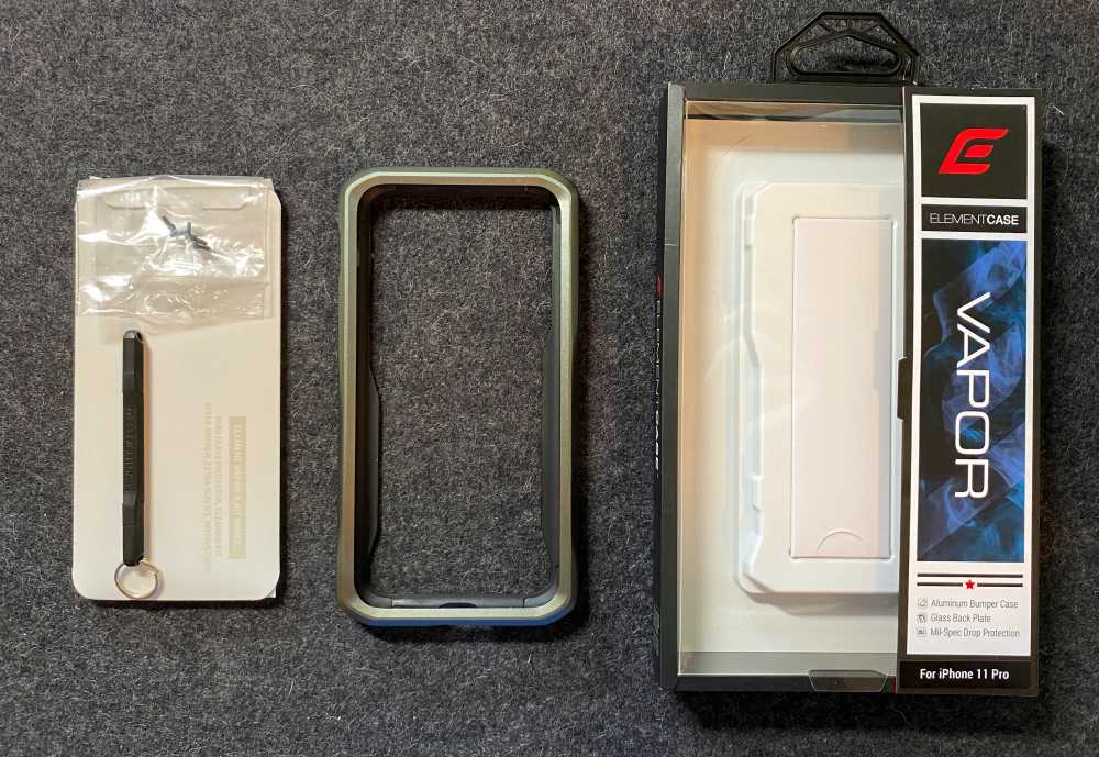 element case vapor s iphone 11 pro case review the gadgeteer. Black Bedroom Furniture Sets. Home Design Ideas